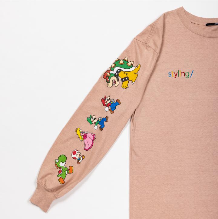 マリオプリントロングTシャツの袖デザイン